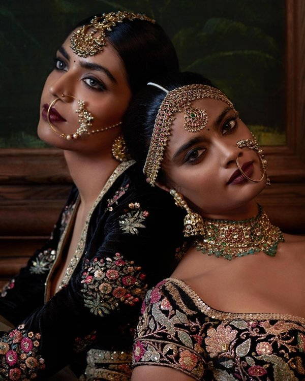 Jewellery embroidery from firdaus couture collection sabyasachi 2016 819x1024