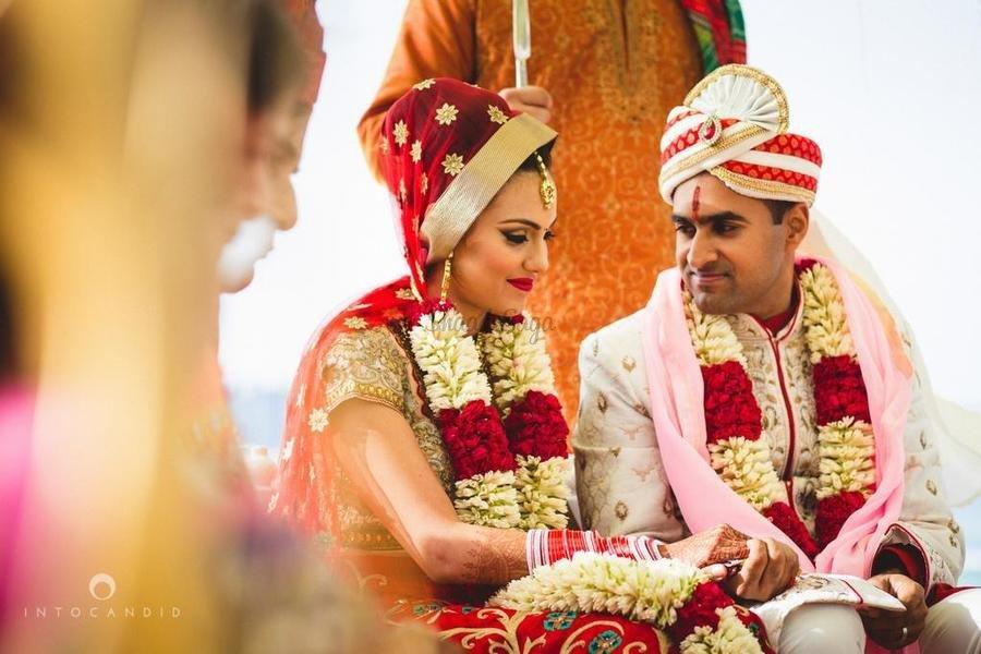 Into Candid Photography Wedding Photographers in Mumbai ShaadiSaga