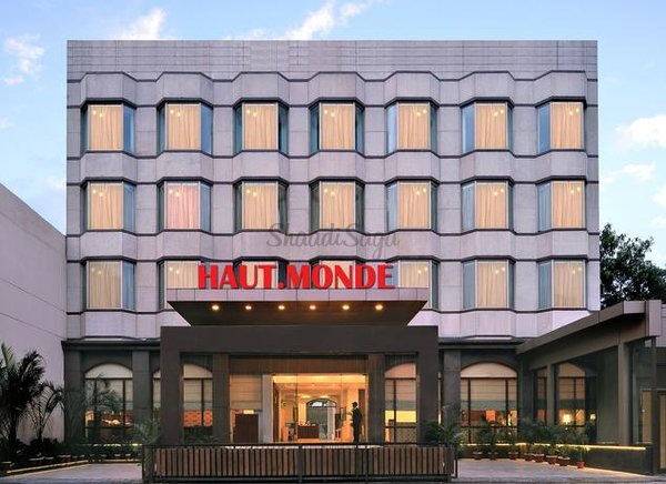 Haut monde by pi hotels gurgaon facade 61018565621g