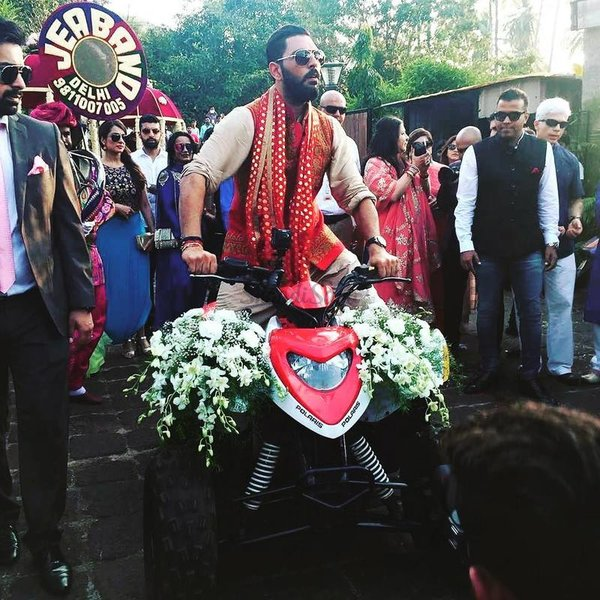 Enter With Tashan 12 Uber Cool Ideas For Your Grooms Baraat