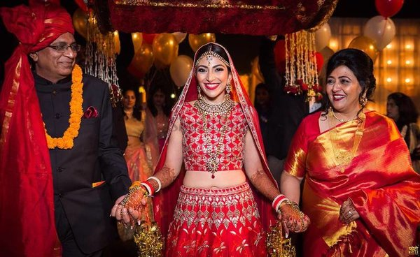 Bridal entry ideas  bride s entry with parents  fotowalle 2