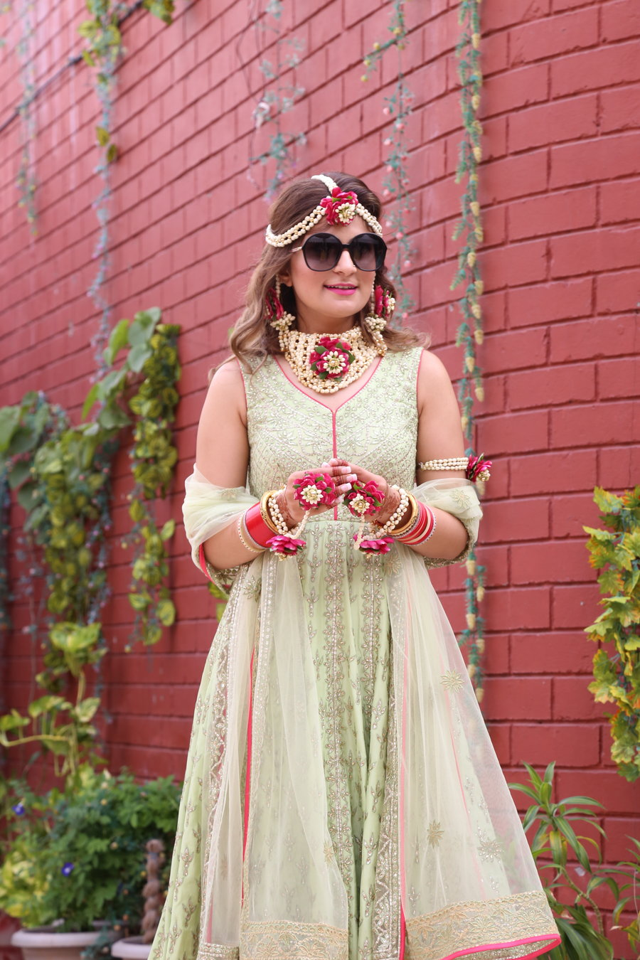 Where To Get The Prettiest Floral Jewellery In Delhi | ShaadiSaga