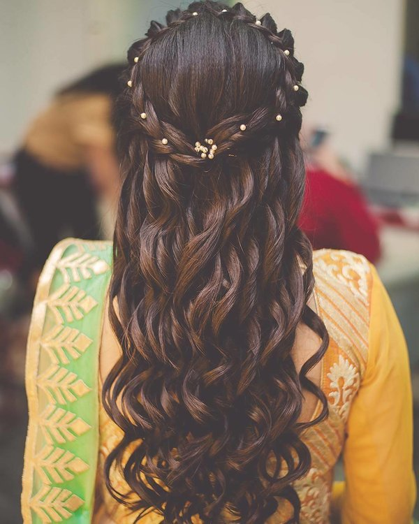 Pre Wedding Hair Style: 15 Super-Pretty Mehendi Hairstyles We Spotted On Real