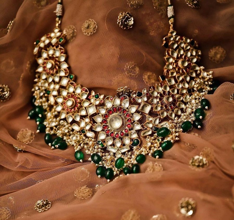 1840d96276686 Jewellery Renting Portals To Make A New Style Statement At Every ...