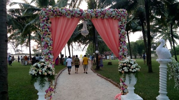 Destination wedding goa goldentree wedding goa wedding entrance