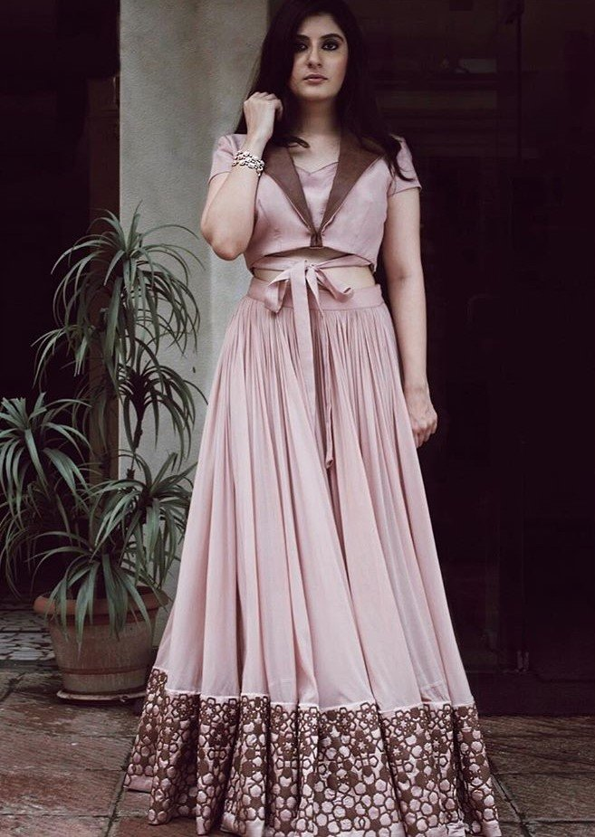 Indo-Western Outfits To Wear At Weddings Inspired By Fashion ...