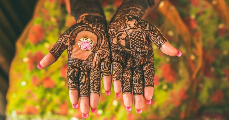 Mehndi For Bride : Newest bridal mehndi designs for hands feet shaadisaga