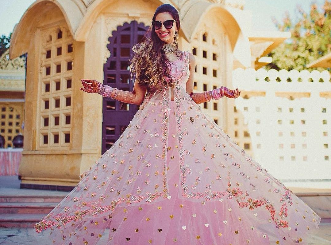 Roka Outfit Inspirations for Every Kind of Bride Out There ...