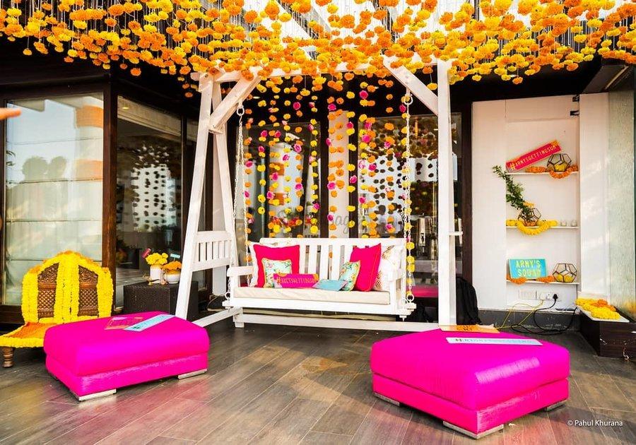 15 Vibrant Jhoola Swing Decor Ideas To Beautify Your Mehndi