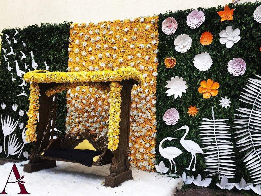 Dainty paper flower wedding decor ideas we spotted on instagram decor by designs by abhishek delhi junglespirit Image collections