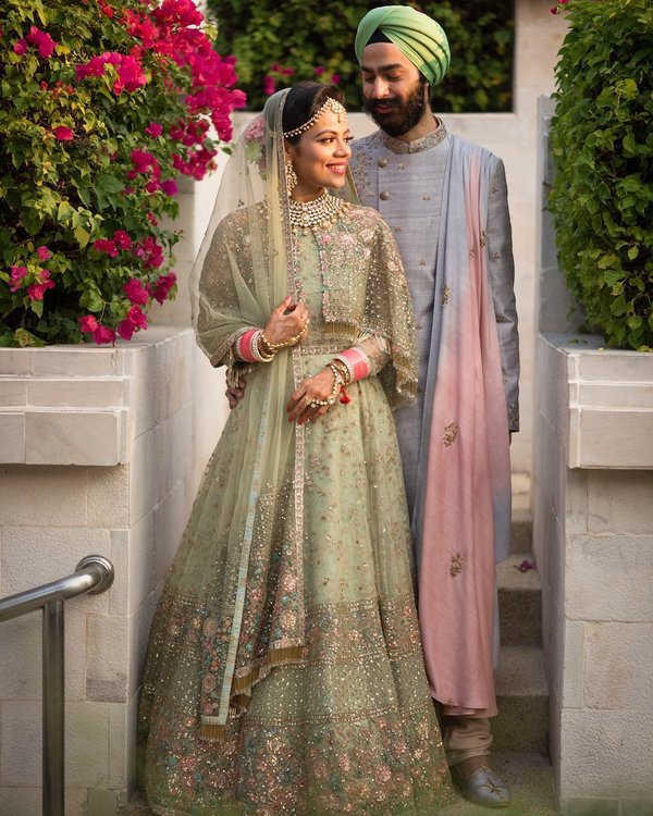 30 Unique Outfit Combinations For Brides Grooms Shaadisaga