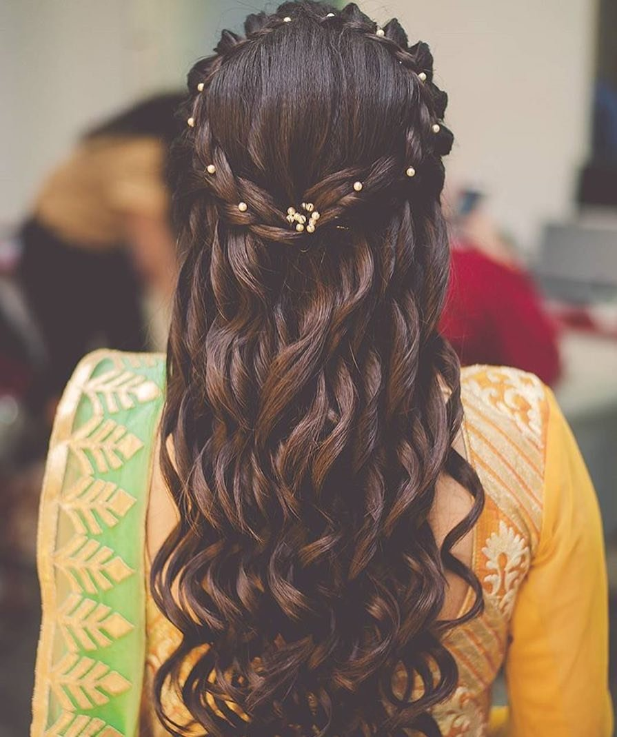 11 Dainty Stylish Hairstyle Ideas For The Bridesmaids