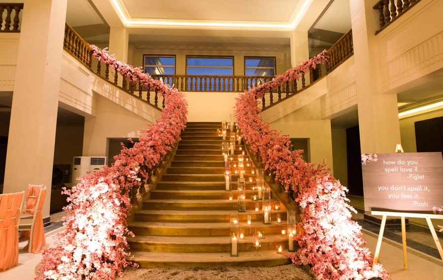 Top 14 Staircase Decor Ideas To Elevate