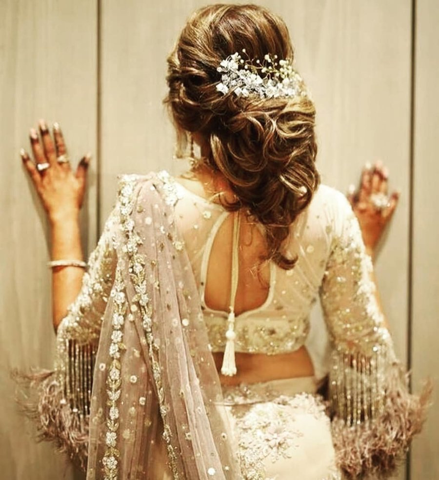 Modern Indian Bride Hairstyle: 25 Drool-Worthy Bun Hairstyles For To-Be Brides