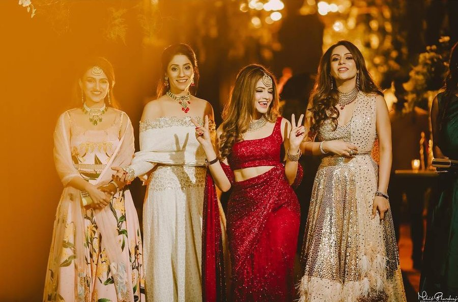 8bd98e00a28 Glam Outfit Ideas for Indian Bridesmaids for every Ceremony (Styles    Lookbook)