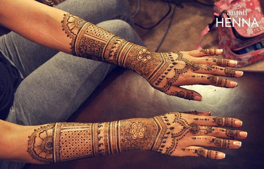 30 Flaunt Worthy Back Hand Mehendi Designs Indian Brides