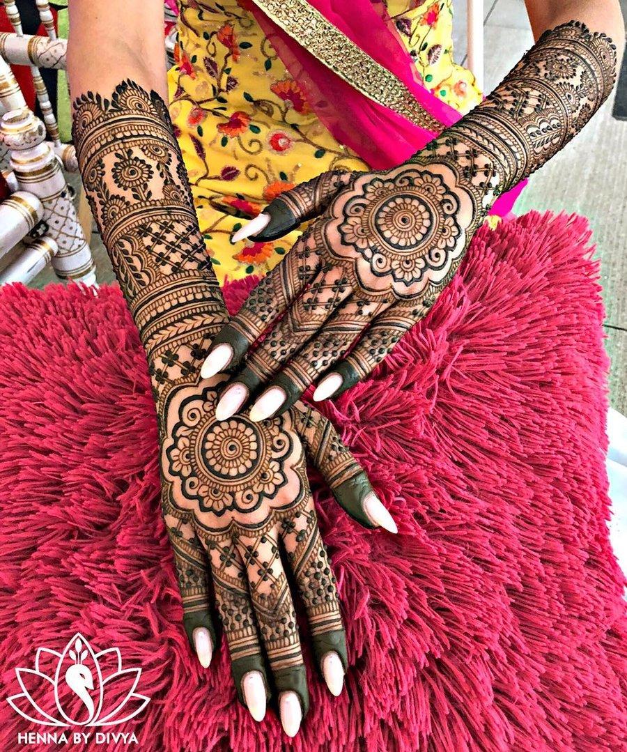30 Flaunt,worthy Back Hand Mehendi Designs Indian Brides