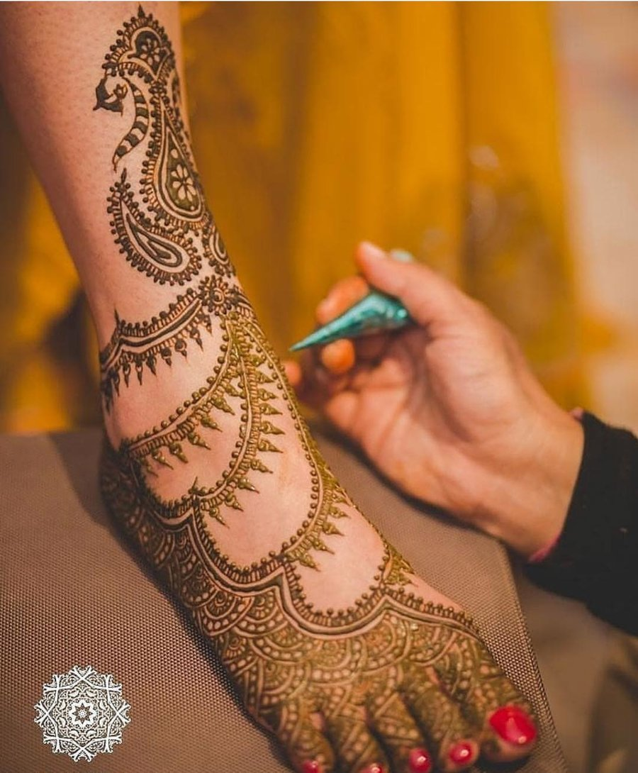 30 New \u0026 Pretty Bridal Foot Mehendi Designs that are Oh,So