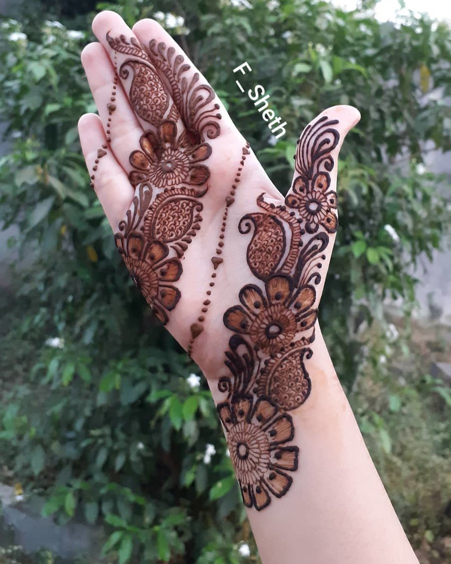8e9ef0d8d 16. Enchanting Blooms. Arabic mehndi designs ...