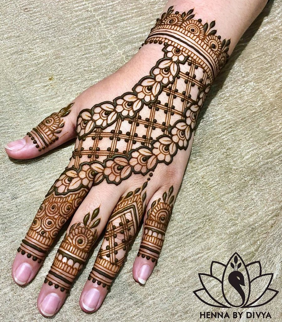 arbi mehndi ki design photo