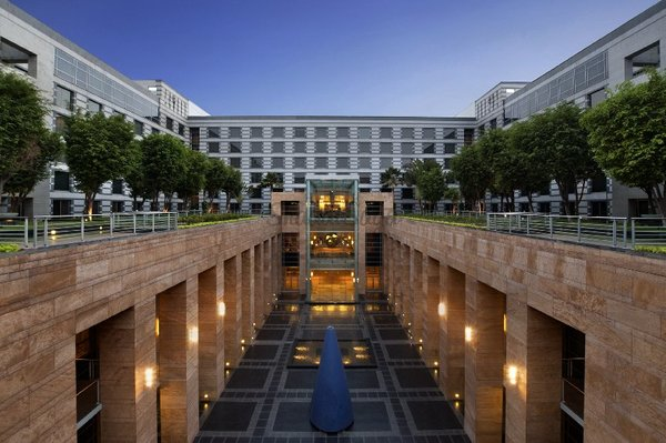Grand hyatt mumbai   upper courtyard
