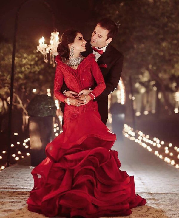 Reception Outfits We Spotted On Real Brides That Are Hard To Resist Shaadisaga