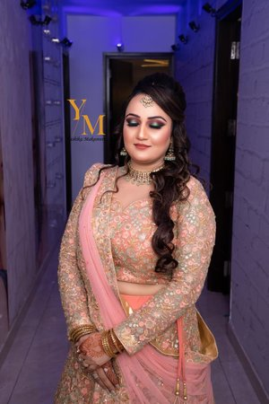 Yashika Makeovers   Makeup Artists in Delhi   ShaadiSaga