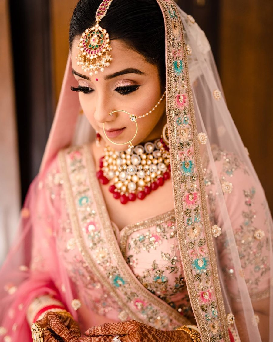 24 Gorgeous Brides who Prove 'Bindis' Are a MUST for Wedding