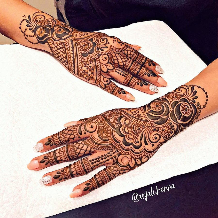 25 Unique Best Rose Mehndi Designs For Brides Bridesmaids