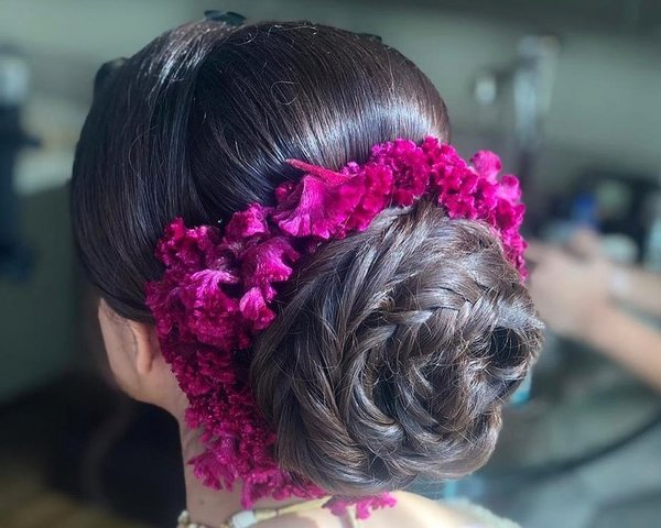 Best Bridal Hairstyles According to Hair Type & Texture