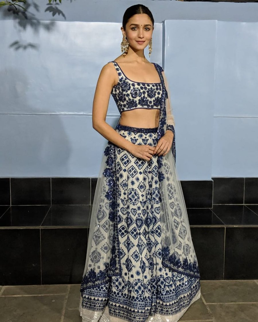 bac65fc2d 30+ Beautiful Chikankari Lehengas that are too Good to be Missed ...