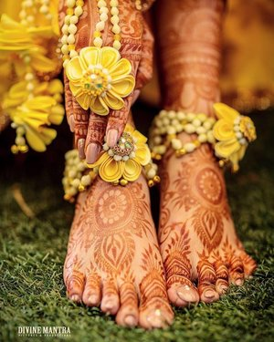 Divine Mantra Pictures & Productions   Wedding Photographers in