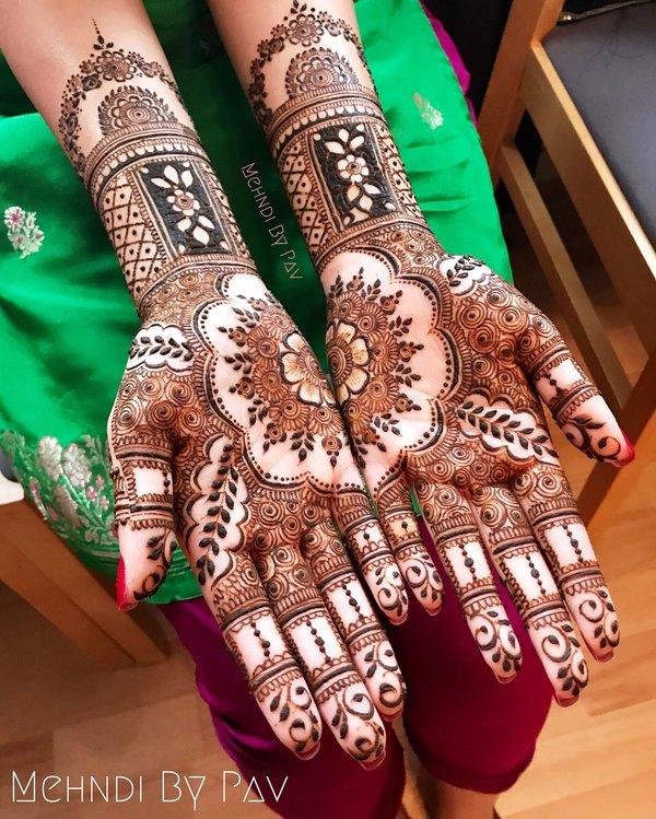 mehndi design for groom sister