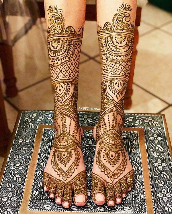 bridal mehndi for feet