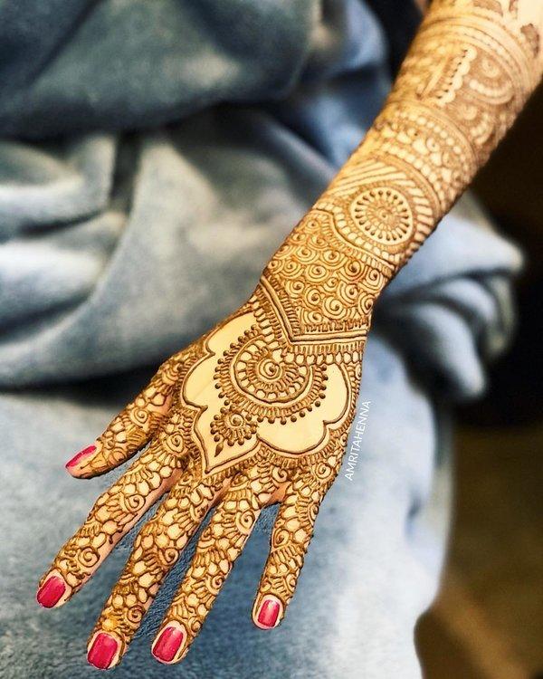 back hand mehndi designs bridal