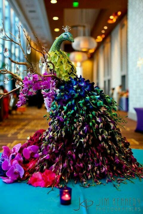 Oh So Fancy Peacock Decor Ideas To Prettify Your Wedding