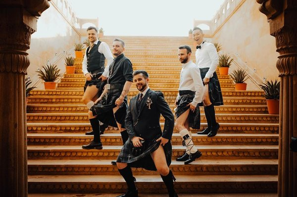 Every Guy's Guide to Being the Best Bridesmen or Groomsmen!