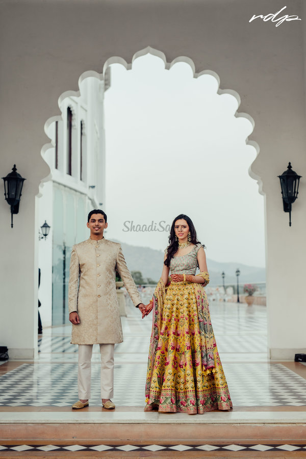 Priyanka varun radissonudaipur weddingphotography3