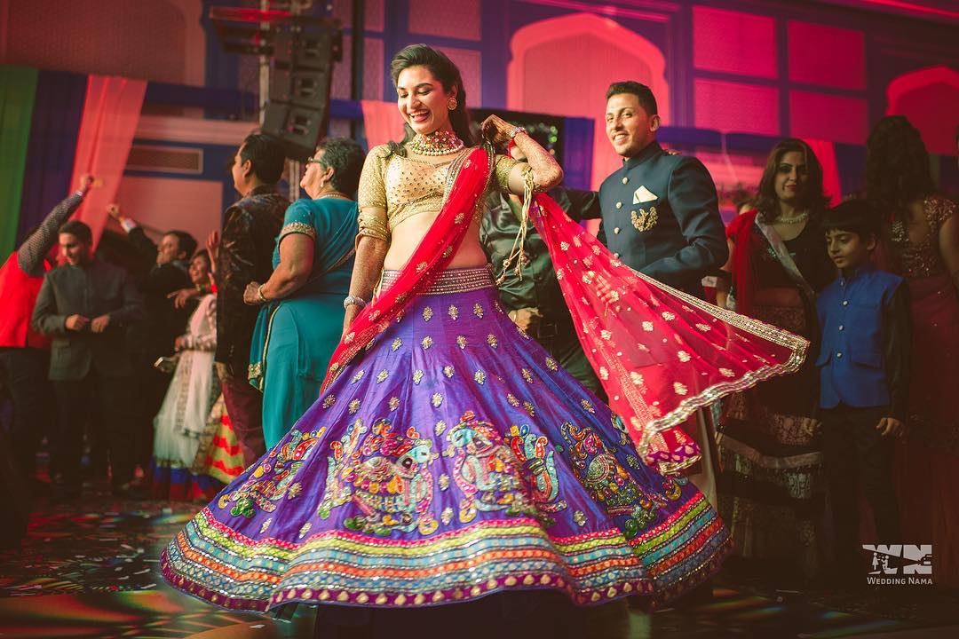 These 21 Romantic Songs Are Perfect For Your First Couple Dance Shaadisaga This list consists of songs i listen and sing when i am alone, sometimes even while studying. these 21 romantic songs are perfect for