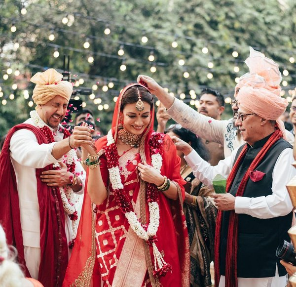 Everything You Need To Know About Dia Mirza & Vaibhav Rekhi's Dreamy Wedding