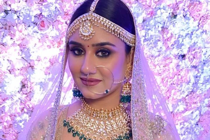 Top 100 Bridal Makeup Artists-Price, Info, Review