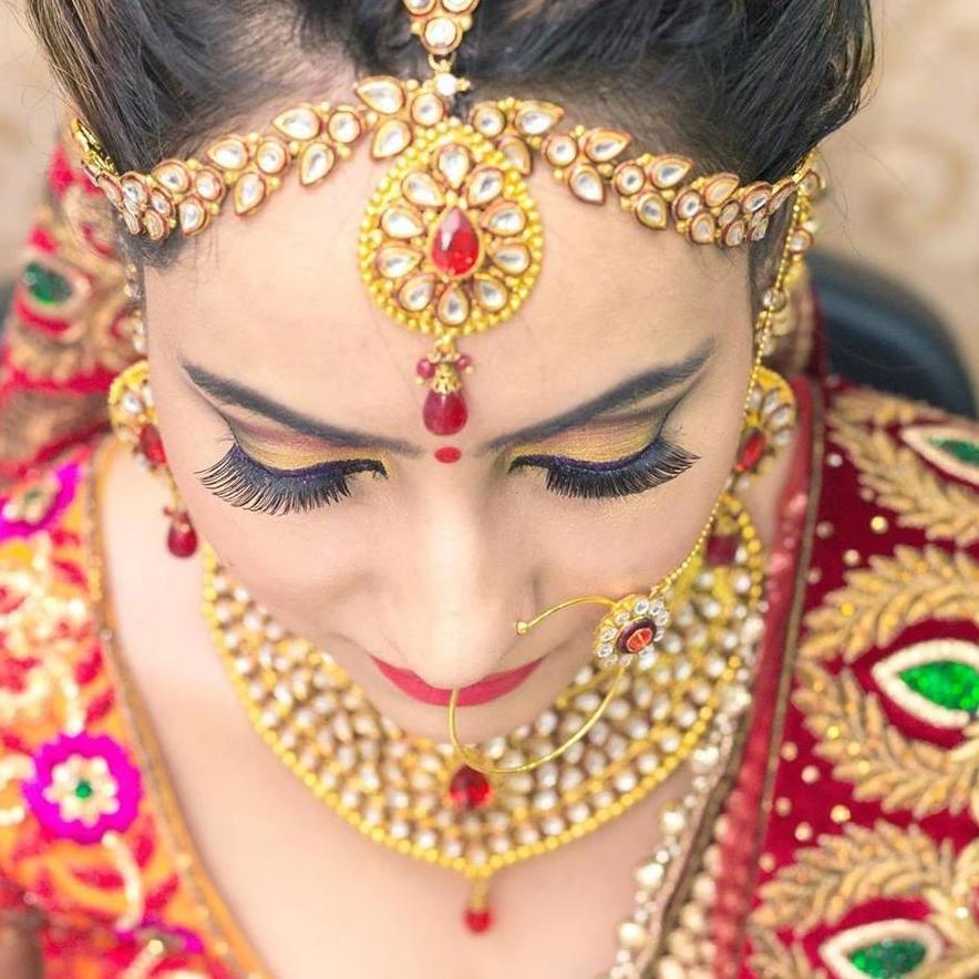 Best Bridal Makeup Artist in Delhi | Book Makeup Artist in Delhi